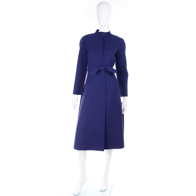 1976 Vintage Geoffrey Beene Royal Blue Wool Coat and Skirt Suit In Excellent Condition For Sale In Portland, OR