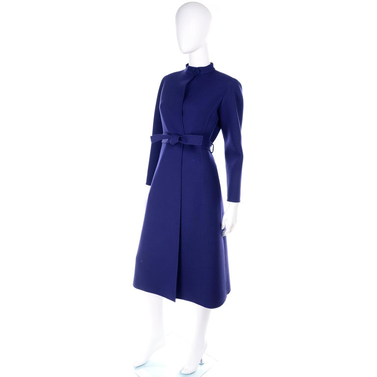 1976 Vintage Geoffrey Beene Royal Blue Wool Coat and Skirt Suit For Sale 3