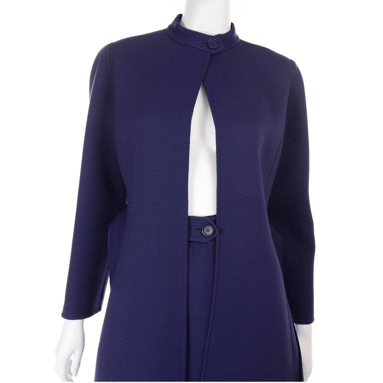 1976 Vintage Geoffrey Beene Royal Blue Wool Coat and Skirt Suit For Sale 5
