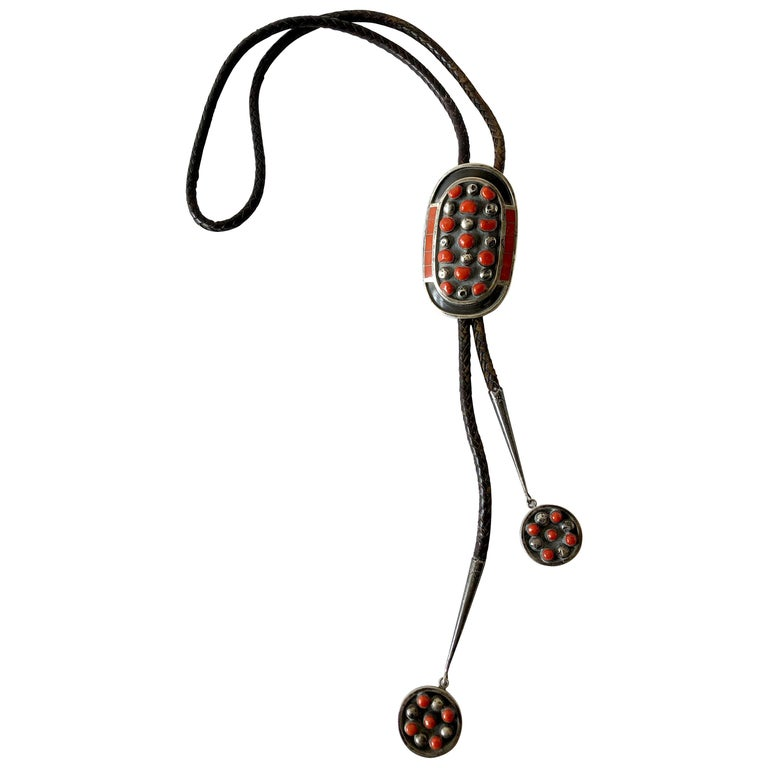 1977 Jobeth D Mayes Zuni Sterling Silver Red Coral Native American Bolo Tie For Sale