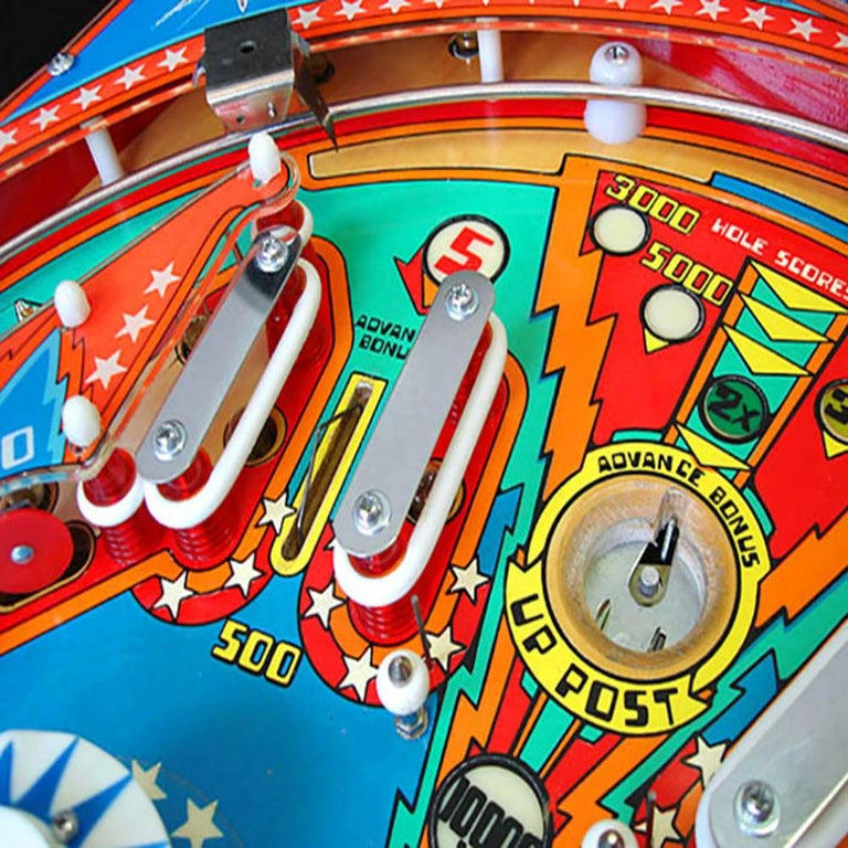 Late 20th Century 1977 Six Million Dollar Man Pinball Machine by Bally For Sale