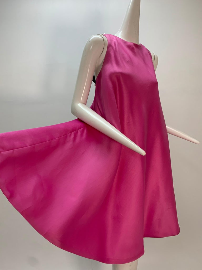 1980 Bill Blass Pink Silk Organza Mini Dress W/Chunky Pearl Strands & Bow In Excellent Condition In San Francisco, CA