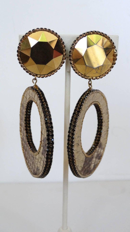 1980 Deanna Hamro Python Hoop Earrings  In Good Condition For Sale In Scottsdale, AZ