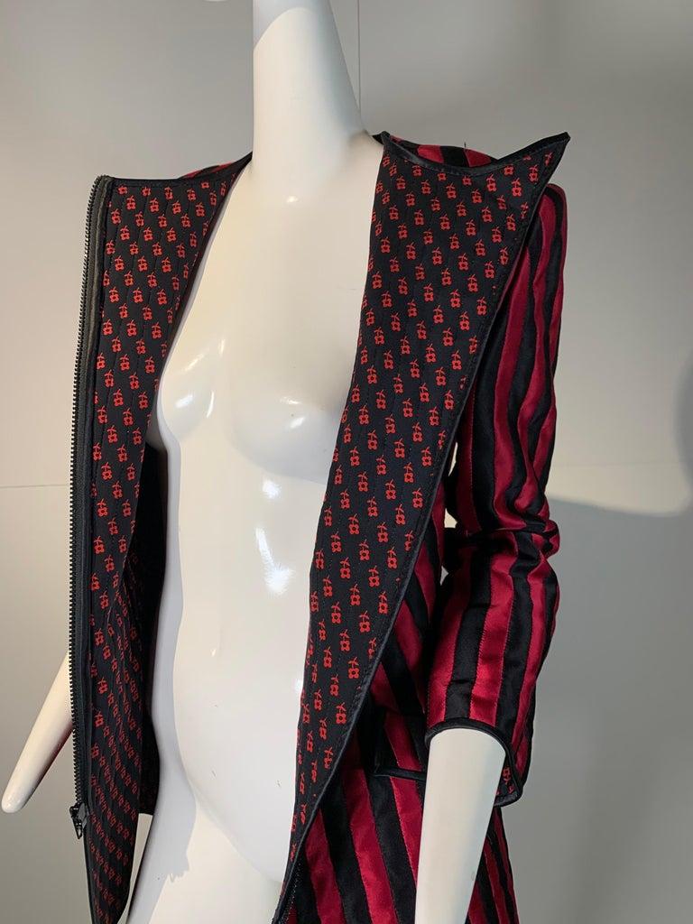 1980 Geoffrey Beene Red & Black Silk Stripe Asymmetrical Zip Smoking Jacket  For Sale 9