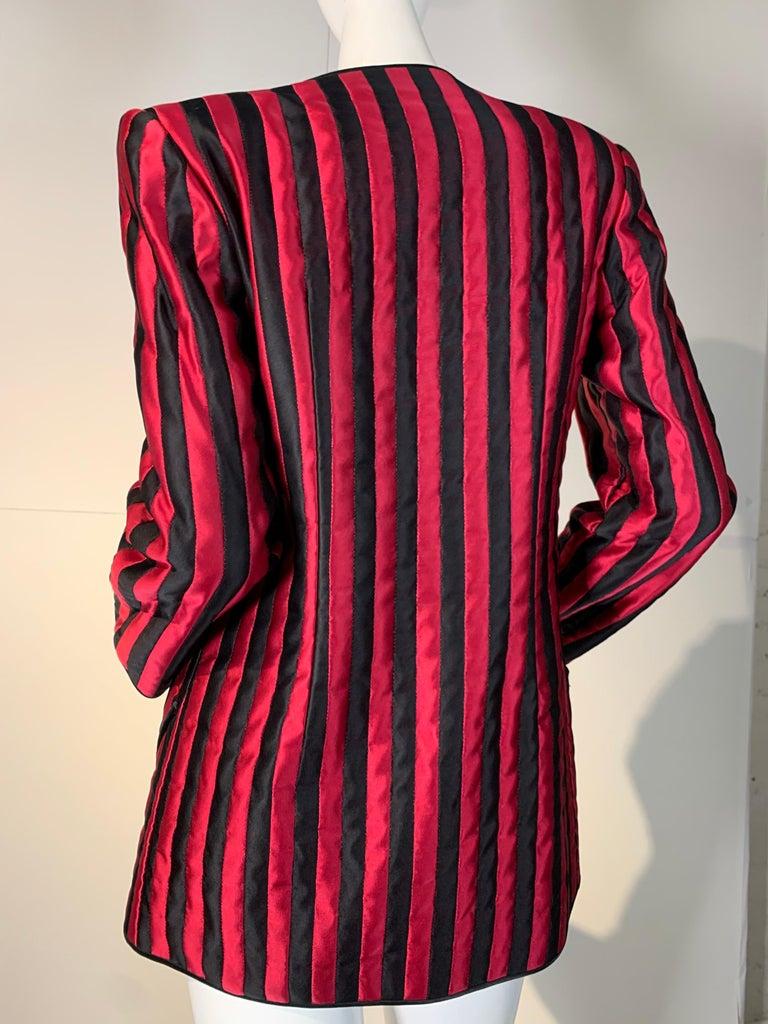 Women's 1980 Geoffrey Beene Red & Black Silk Stripe Asymmetrical Zip Smoking Jacket  For Sale