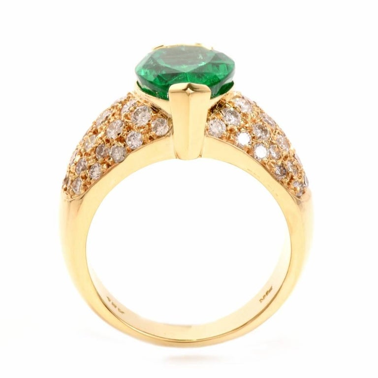 1980 GIA Emerald Pave Diamond Yellow Gold Cocktail Ring For Sale 2