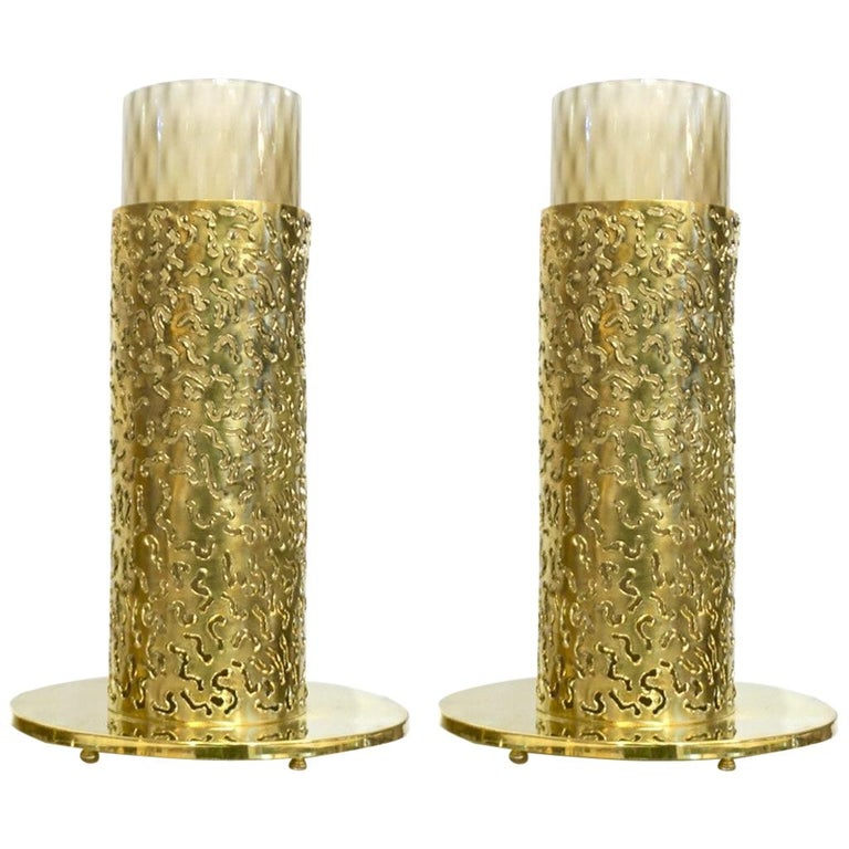 1980 Italian Brutalist Pair of Cream Beige Murano Glass Round Brass Table Lamps For Sale