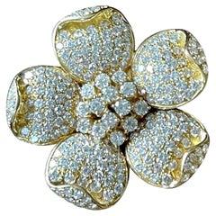1980 Vintage 18 Yellow Gold Diamond Flower Clip Brooch