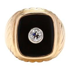1980s 14 Karat Yellow Gold Diamond and Black Onyx Ring