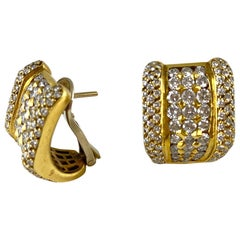 1980s 18 Karat Yellow Gold with Five Rows of Diamonds Earring