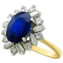 1980s 2.95 Carat Sapphire Yellow Gold Cluster Ring
