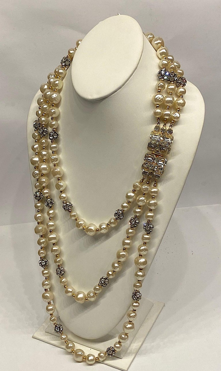 1980s 3 Strand Pearl and Rhinestone Long Necklace For Sale 9