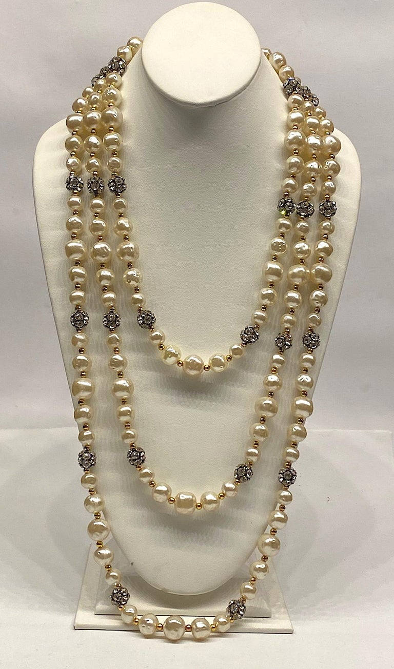 1980s 3 Strand Pearl and Rhinestone Long Necklace For Sale 13