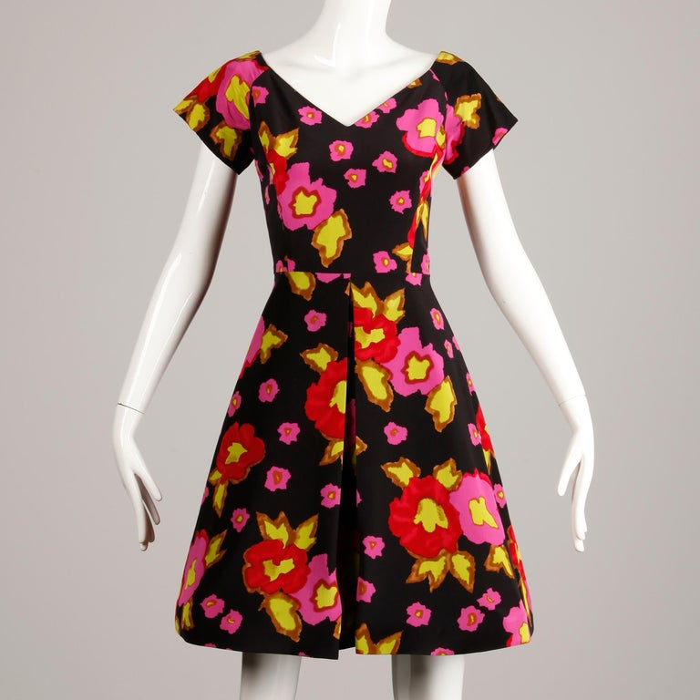 1980s-90s Arnold Scaasi Vintage Bright Pink Red Black Floral Print Silk Dress For Sale 1
