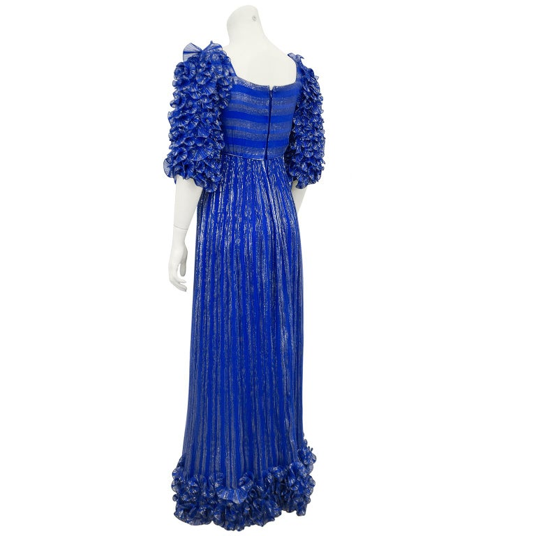 1980's Alfred Bosand Royal Blue and Gold Dynasty Inspired Column Gown In Good Condition For Sale In Toronto, Ontario