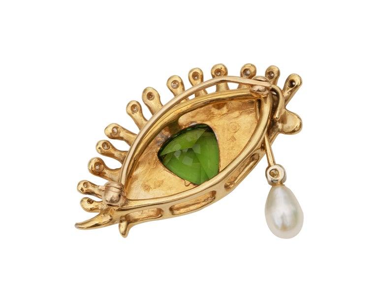 Women's or Men's 1980s All Seeing Eye Pendant Brooch in 18 Karat Gold For Sale