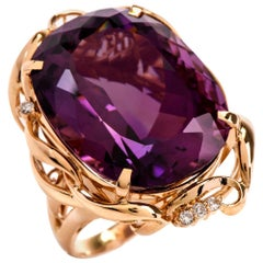 1980s Amethyst Diamond 18 Karat Gold Cocktail Ring