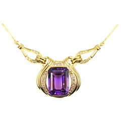 1980s Amethyst Diamond 18 Karat Yellow Gold Pendant Necklace