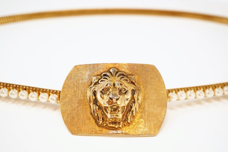 1980s Anne Klein For Accessocraft Lion Head Stretch Belt with Pearls, Signed For Sale 3