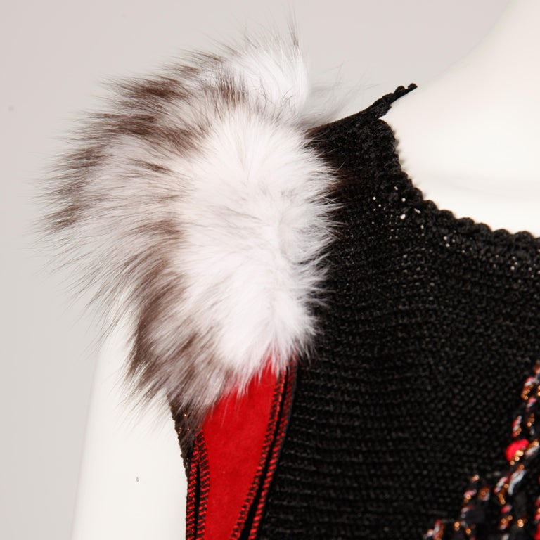 1980s Avant Garde Vintage Knit Top with Fox Fur Detail For Sale 1