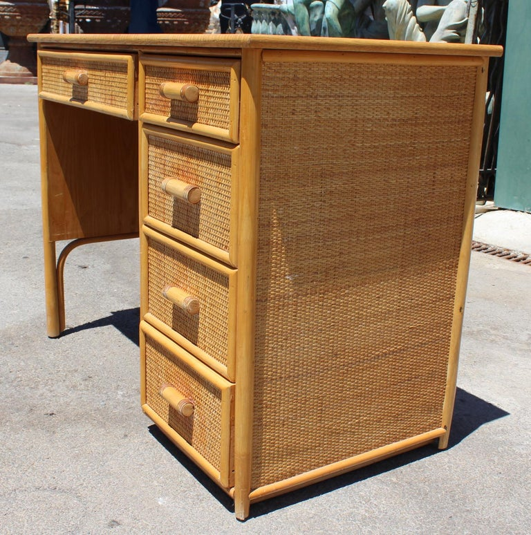 20th Century 1980s Bamboo and Rattan Desk with Drawers For Sale
