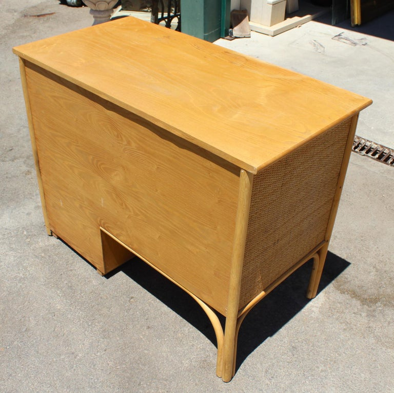 1980s Bamboo and Rattan Desk with Drawers For Sale 3