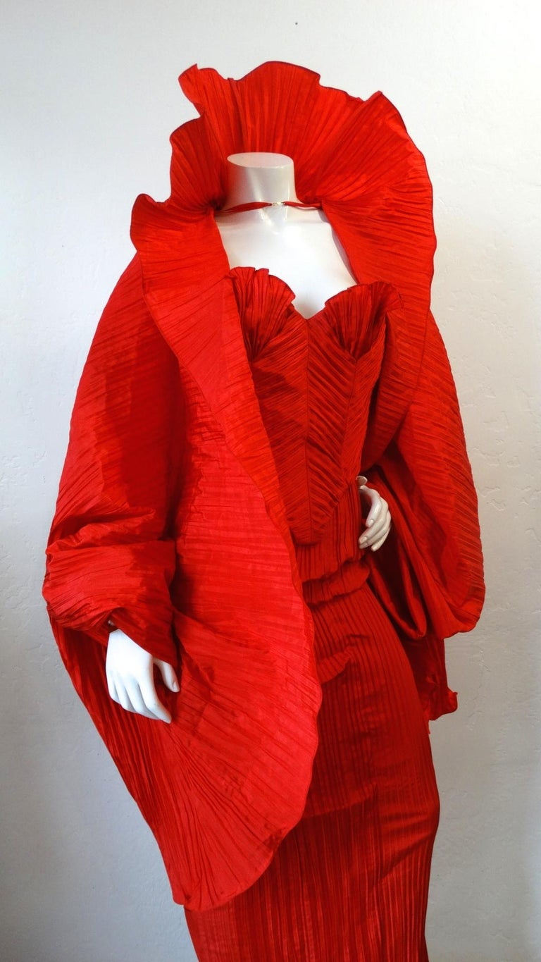1980s Bernard Perris Couture Silk Crepe Cape For Sale 2