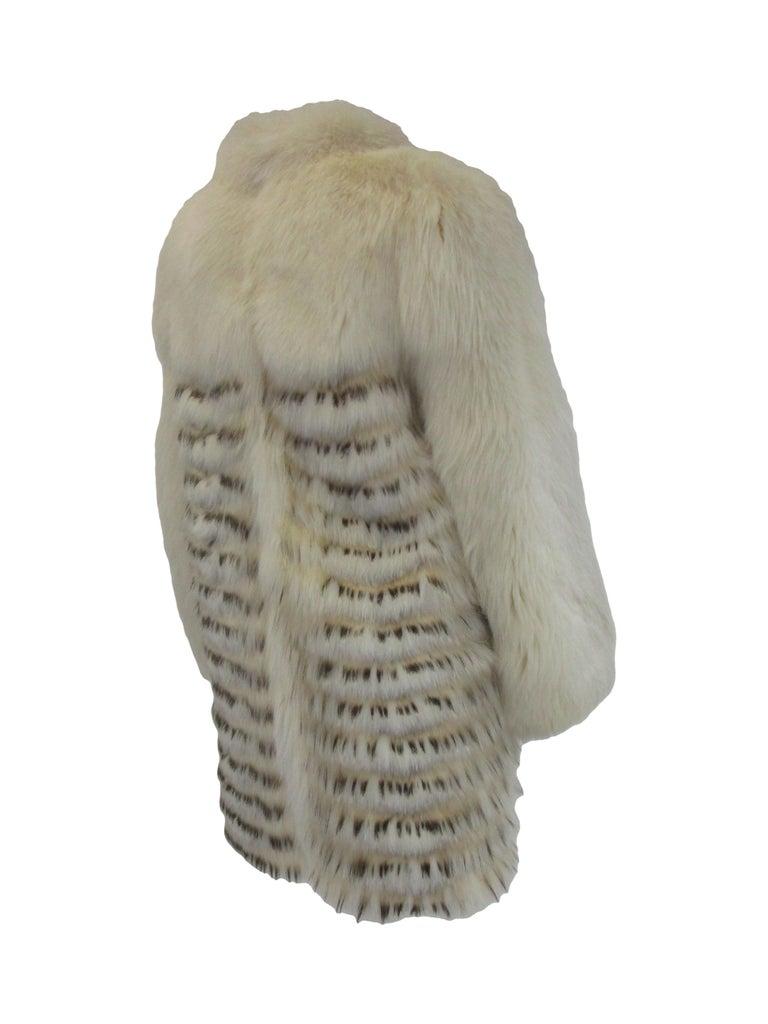Women's 1980s  Bill Blass White Silk Lined Fox Coat  For Sale