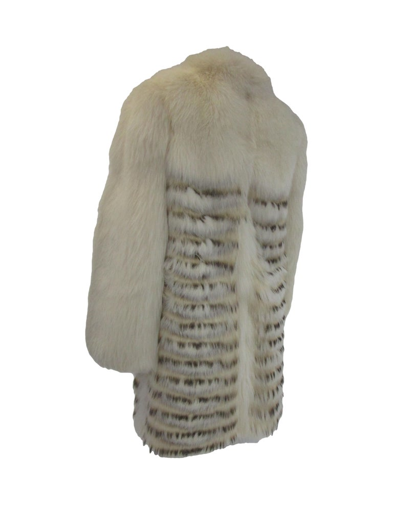1980s  Bill Blass White Silk Lined Fox Coat  For Sale 1