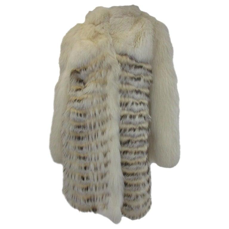 1980s  Bill Blass White Silk Lined Fox Coat  For Sale