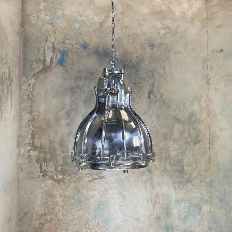 1980's British Crompton Flameproof Industrial Cast Aluminium Pendant Light For Sale 10