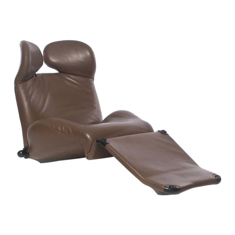 """1980s Brown Leather """"Wink"""" Lounge Chair by Toshiyuki Kita for Cassina For Sale"""