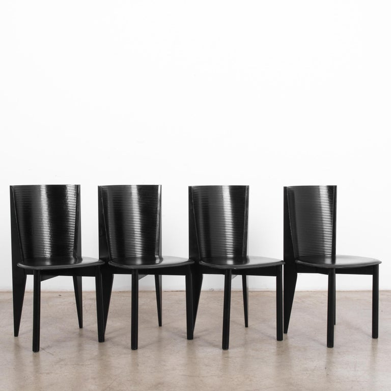 Mid-Century Modern 1980s Calligaris Dining Chairs, Set of Four For Sale