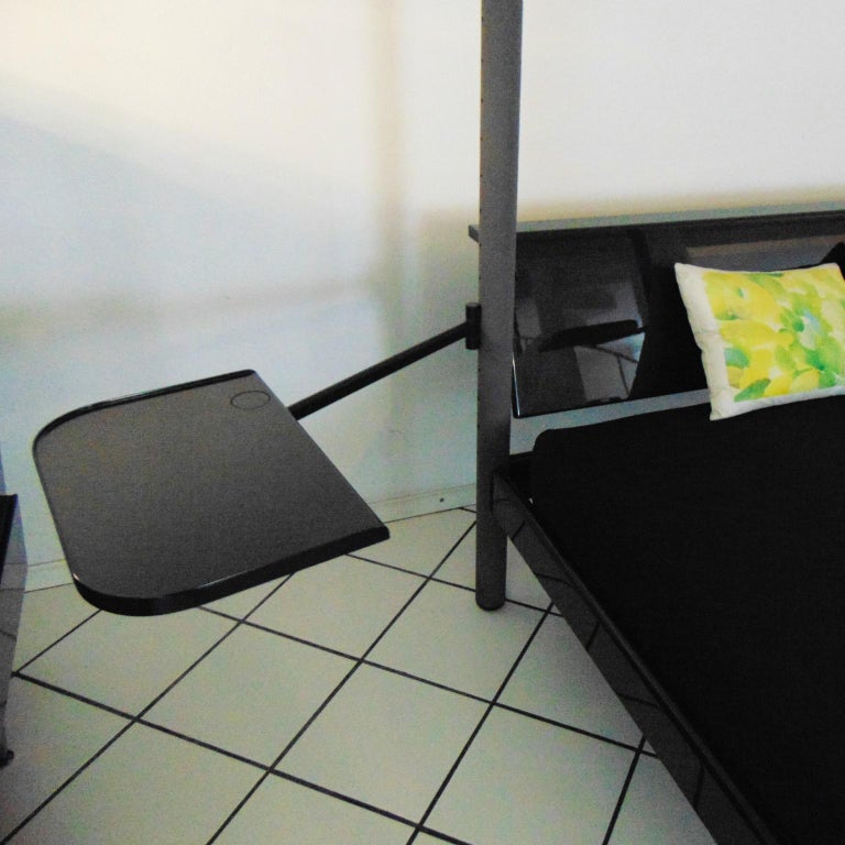 1980s Green Canopy Bed Glossy Dark Lacquer, Adjustable Shelves, Sormani, Italy For Sale 8