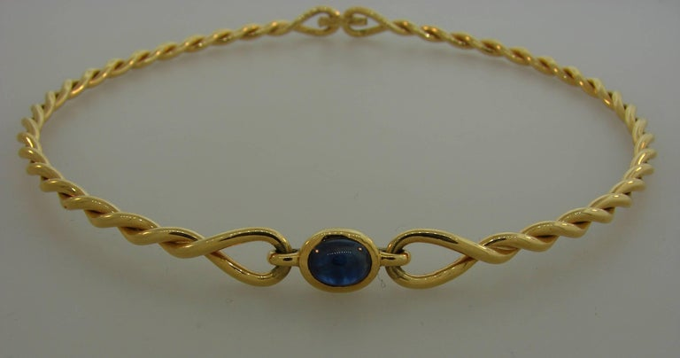 1980s Cartier Sapphire Yellow Gold Choker Necklace In Excellent Condition For Sale In Beverly Hills, CA