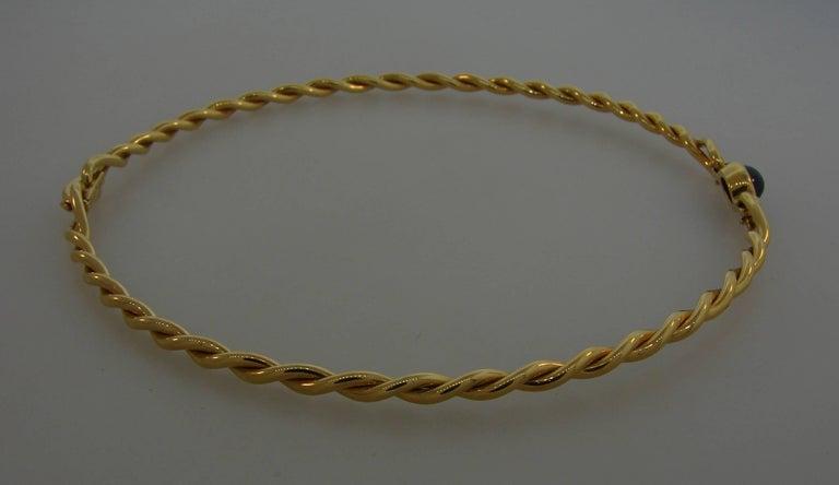 Women's 1980s Cartier Sapphire Yellow Gold Choker Necklace For Sale