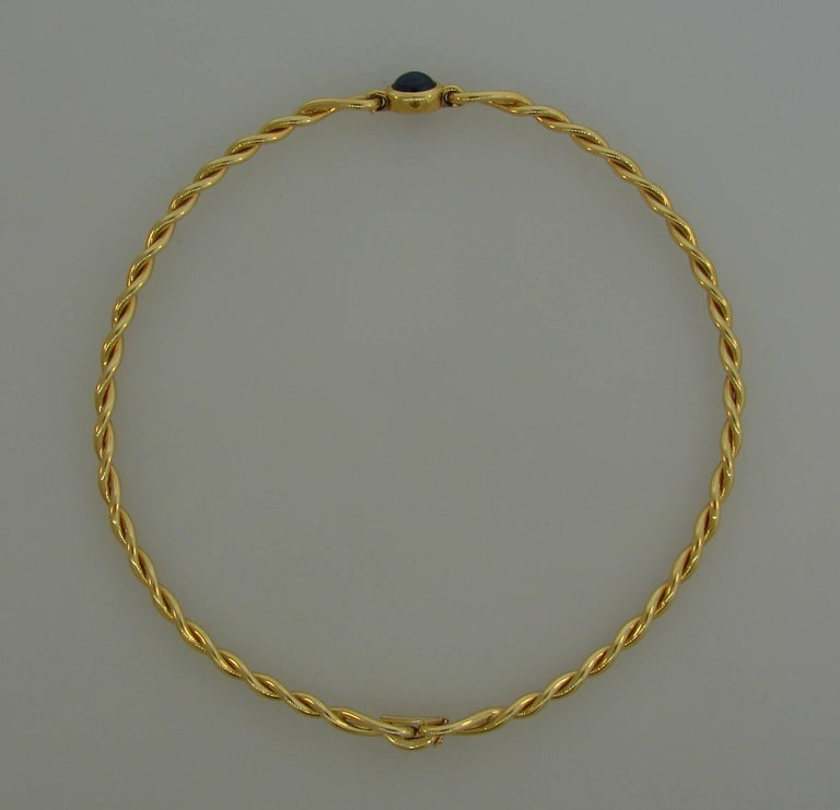 1980s Cartier Sapphire Yellow Gold Choker Necklace For Sale 2