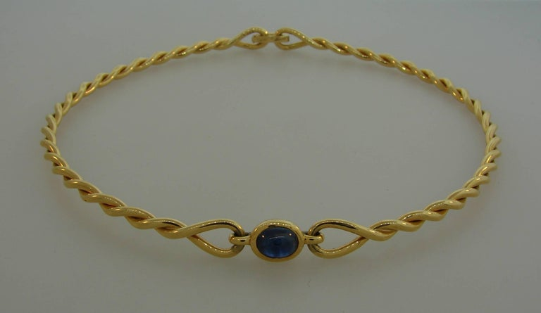 1980s Cartier Sapphire Yellow Gold Choker Necklace For Sale 4