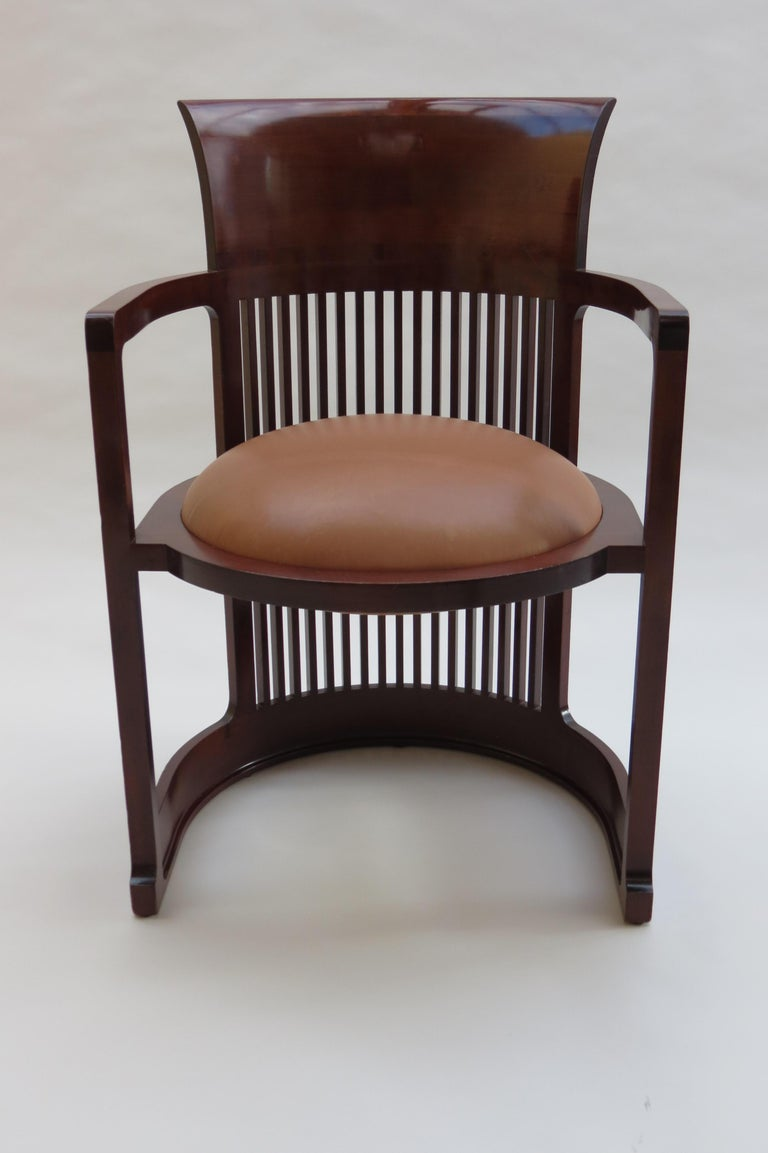 Bauhaus 1980s Cassina Barrel Taliesin Chair Designed by Frank Lloyd Wright Cherrywood For Sale