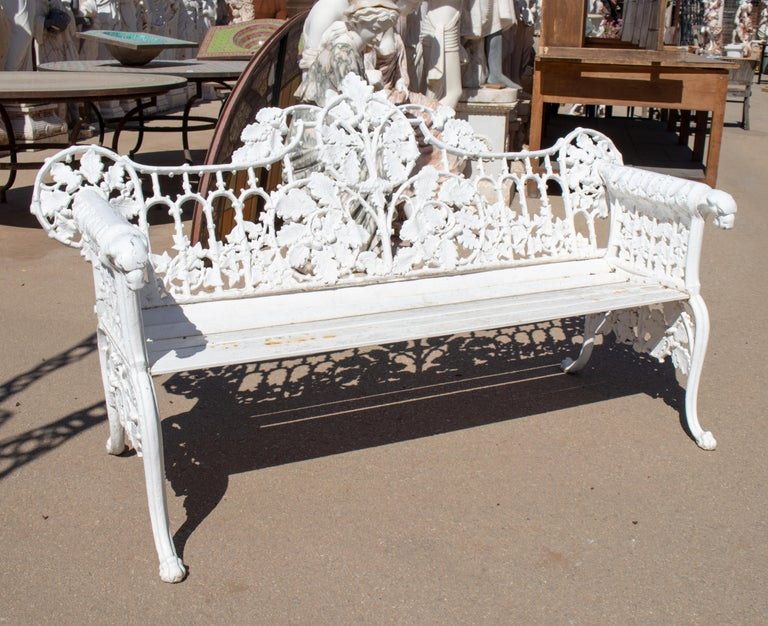 Spanish 1980s Cast Aluminium Solid Metal White Garden Bench with Grapes Flower Garlands For Sale