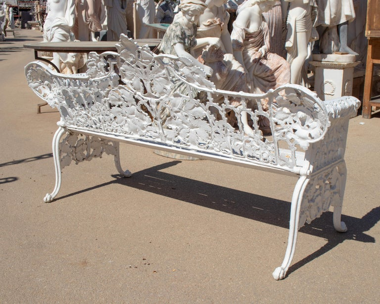 Aluminum 1980s Cast Aluminium Solid Metal White Garden Bench with Grapes Flower Garlands For Sale