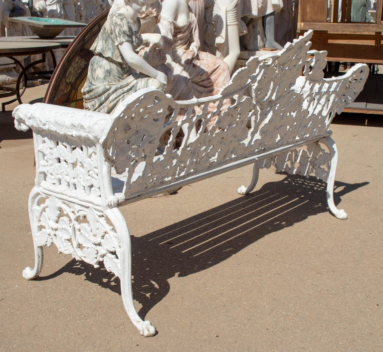 1980s Cast Aluminium Solid Metal White Garden Bench with Grapes Flower Garlands For Sale 1