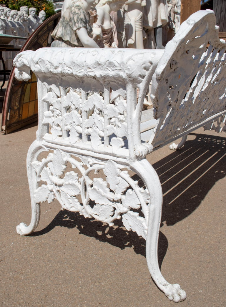 1980s Cast Aluminium Solid Metal White Garden Bench with Grapes Flower Garlands For Sale 2