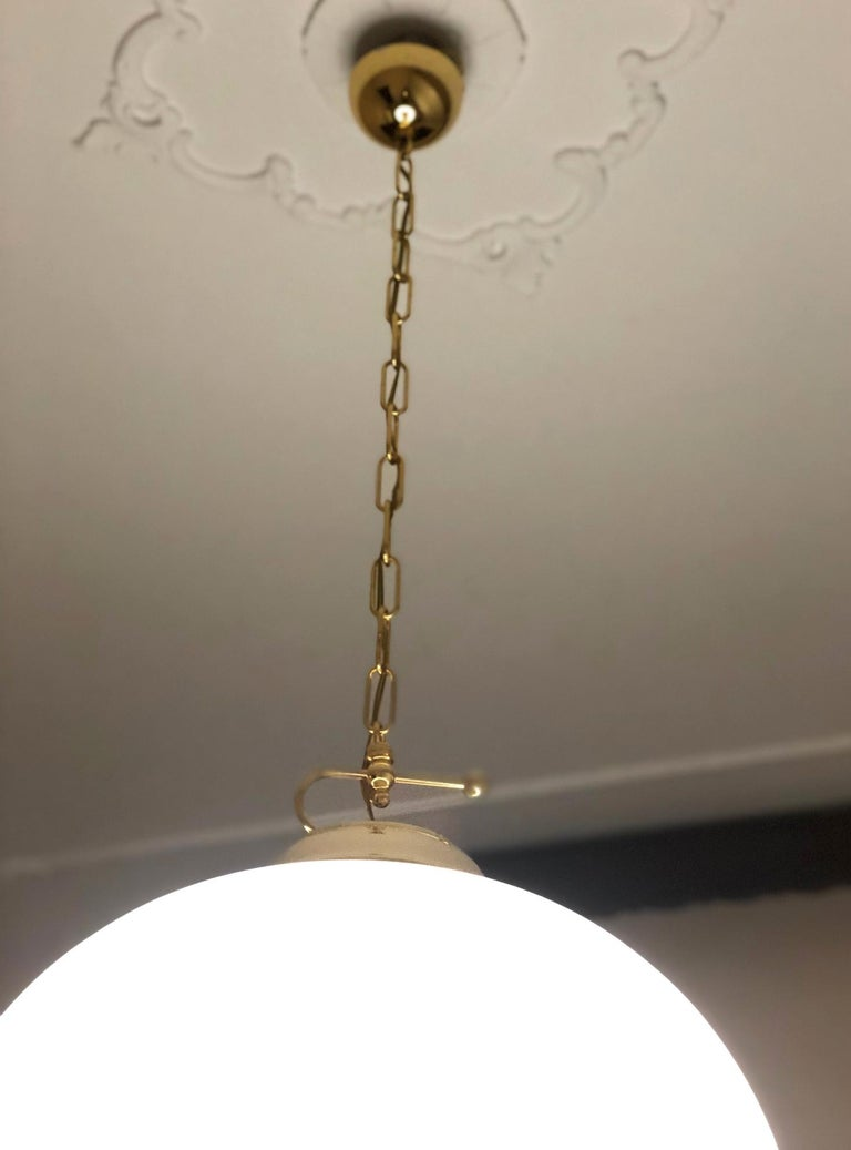 Late 20th Century 1980s Chandelier Glass White, Italy For Sale