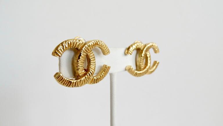 Women's or Men's 1980s Chanel 'CC' Clip-On Earrings  For Sale