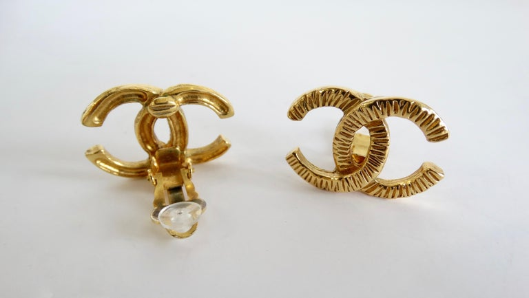 1980s Chanel 'CC' Clip-On Earrings  For Sale 2