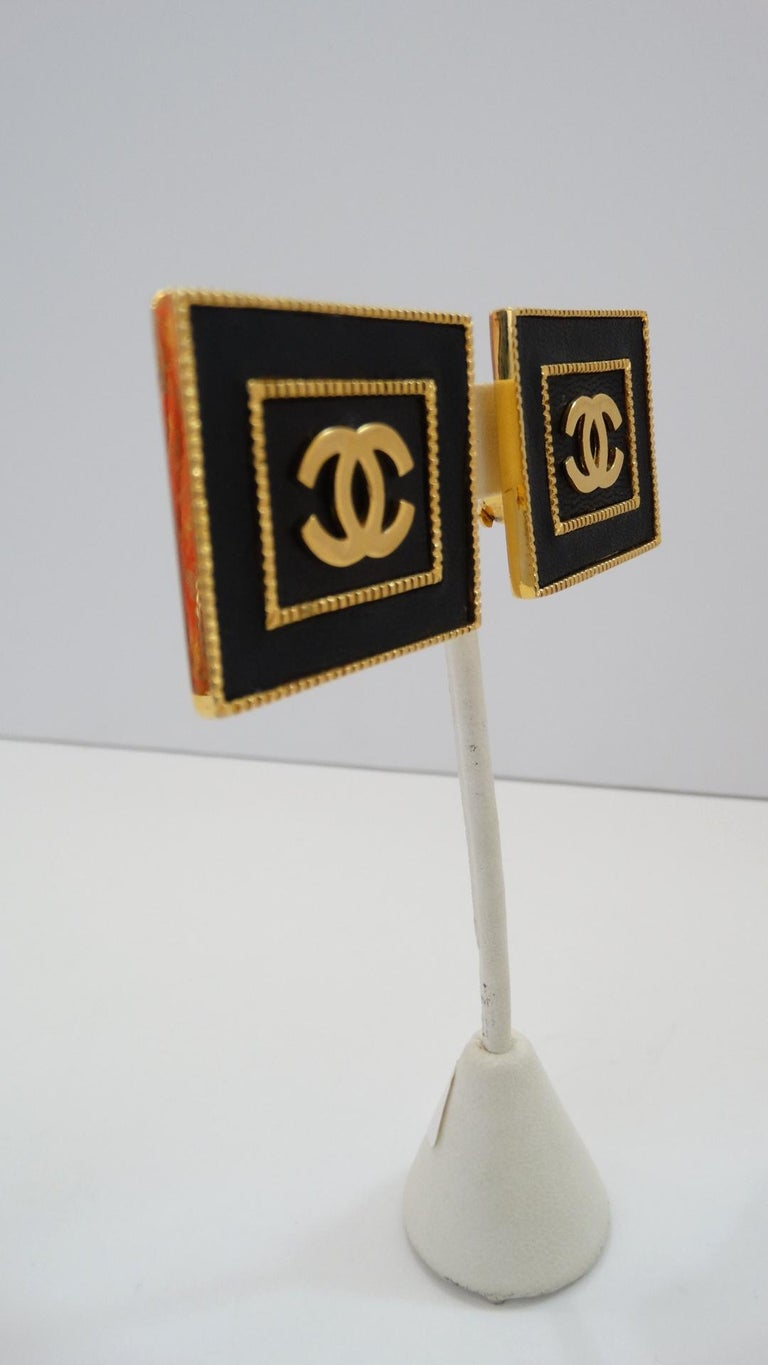 Women's 1980s Chanel CC Leather Rectangle Clip On Earrings For Sale