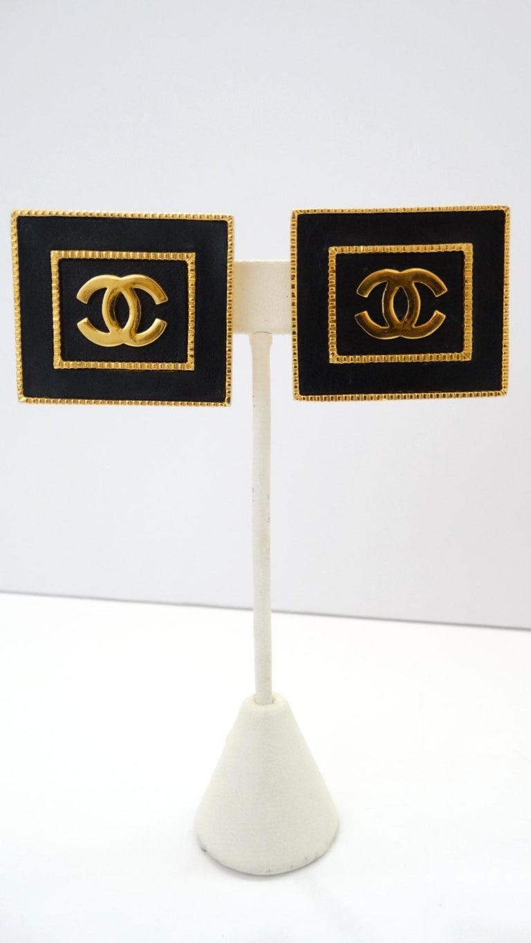 1980s Chanel CC Leather Rectangle Clip On Earrings For Sale 1