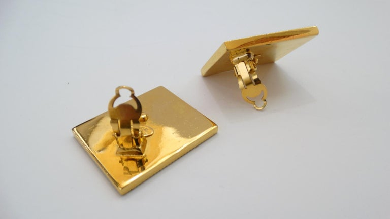 1980s Chanel CC Leather Rectangle Clip On Earrings For Sale 4