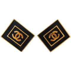 Chanel CC Leather Rectangle Clip On Earrings 80s